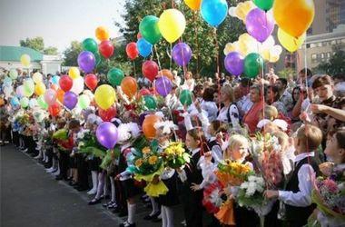 В Киеве во время последнего звонка потеряли сознание 15 человек