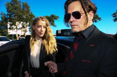 Эмбер Херд подала на развод из-за бывшей девушки