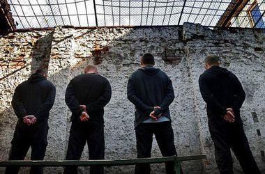 Россия забрала из Крыма тысячи заключенных
