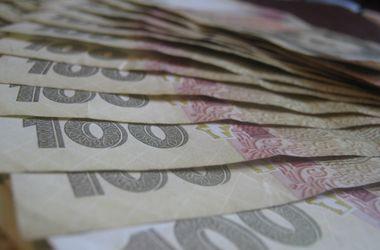В Украине подросли зарплаты