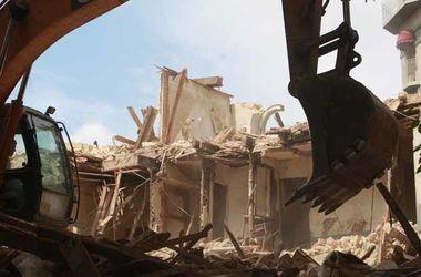Строительный скандал: в Киеве сносят 100-летний дом
