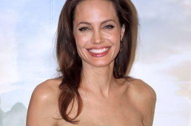 Анджелина Джоли выбыла из рейтинга самых влиятельных женщин мира