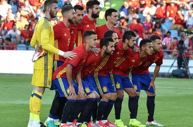 Действующие чемпионы Европы испанцы перед Евро-2016 проиграли Грузии