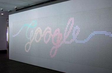 В Google создали необычный интерактивный экран из кнопок