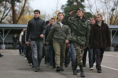 В Минобороны объяснили, каких студентов призовут в армию досрочно