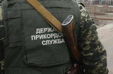 К украинским границам направилась колонна военной техники