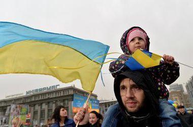 Почти половина украинцев поддерживает вступление в НАТО - опрос