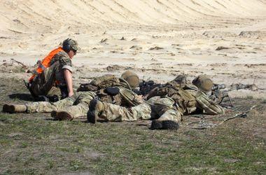 В Украине впервые прошли соревнования военных снайперов