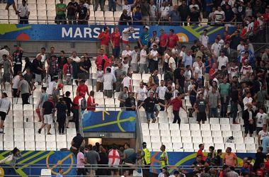 Российские фанаты устроили драку после матча с Англией