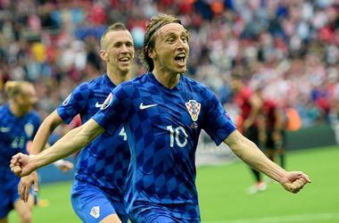 Лука Модрич открыл счет в матче Турция - Хорватия