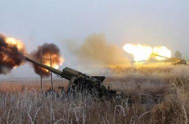 Донецк содрогается от мощных залпов и взрывов
