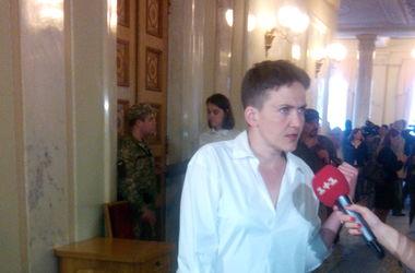 Савченко пришла в Раду в новом образе