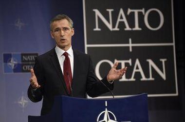 Столтенберг: усиление военной мощи НАТО – это наше послание России