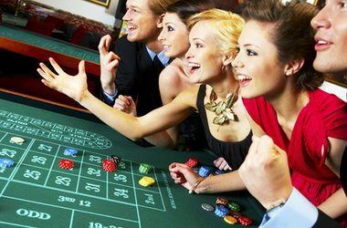 Саакашвили предлагает построить казино на острове в Черном море