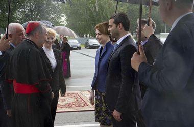 Заместитель Кличко встретился с госсекретарем Ватикана