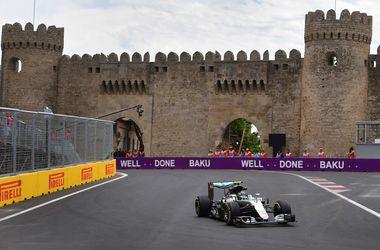 Нико Росберг выиграл квалификацию Гран-при в Баку