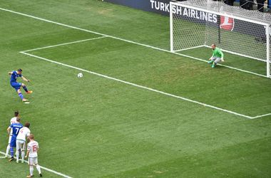 Евро-2016: Исландия - Венгрия - 1:1, обзор матча