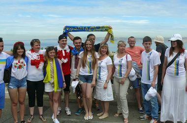 Марсель накануне матча Украина - Польша: братание фанатов, а у французской полиции - багет по расписанию
