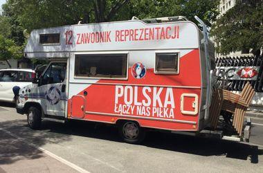 Евро-2016. Накануне матча Украина - Польша: поляки прогнозируют  разгром, а наших фанатов не видно