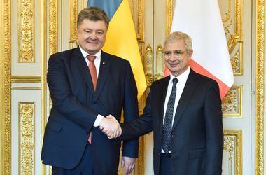 Порошенко встретился с главой Нижней палаты парламента Франции, предложившей снять санкции с России