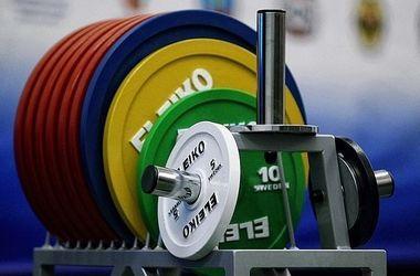 Сборную России по тяжелой атлетике могут недопустить до Олимпиады-2016