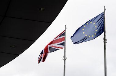 Опросы перед Brexit показали лидерство противников выхода Великобритании из ЕС