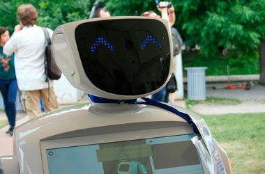"""""""Не убивайте его"""": пользователи YouTube вступились за робота-беглеца"""