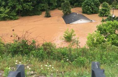 Жертвами наводнения в США стали 14 человек