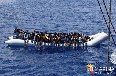 Более 2 тыс. нелегальных иммигрантов спасены береговой охраной Италии