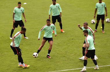 Евро-2016. Где смотреть матч 1/8 финала Хорватия - Португалия