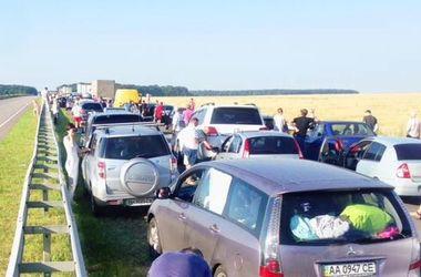 На трассе Одесса-Киев образовалась огромная пробка