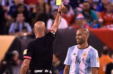 Маскерано и Агуэро могут последовать примеру Месси и тоже завершить карьеру в сборной