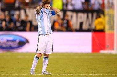 Президент Аргентины и Марадона попросили Месси остаться в национальной сборной