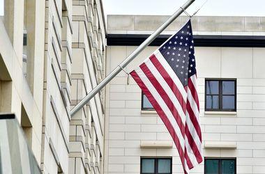 Стрелявший на военной базе в США не найден