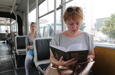 В Киеве изменили работу троллейбусной остановки (схема)