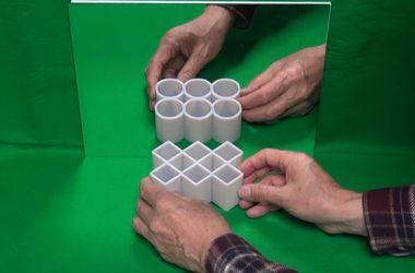 Видеохит: математик создал удивительную оптическую иллюзию