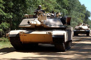 В Румынию прибыли 300 танков из США