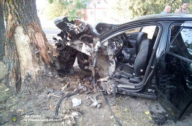 Жуткое ДТП в Ровенской области: есть погибшие и раненые