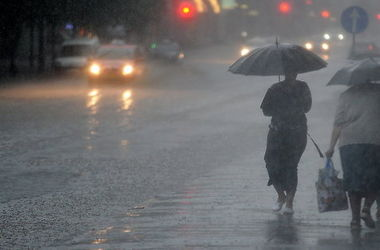 Вернется ли жара и почему так холодно: какую погоду ждать украинцам