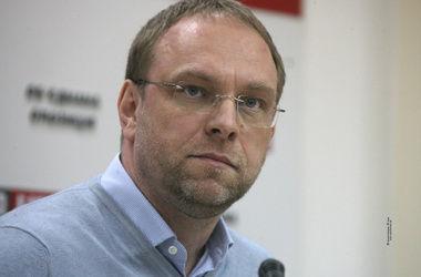 Власенко прокомментировал представление ГПУ на депутата Онищенко