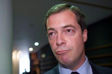 Глава Партии независимости Великобритании Фарадж уходит в отставку