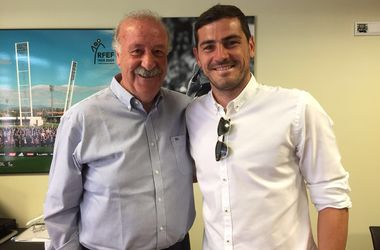 Висенте Дель Боске перед уходом из сборной Испании помирился с Касильясом
