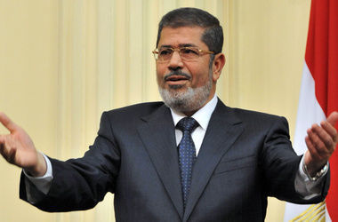 Бывшего президента Египта внесли в список террористов