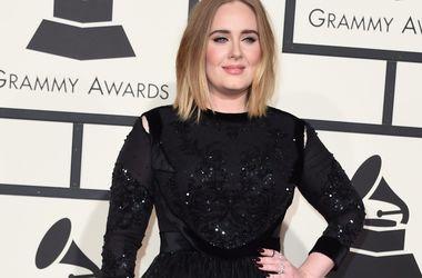 Адель назвала свои любимые песни о расставании - Звездные новости - Певица рассказала о музыкальных предпочтениях