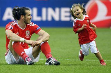 Евро-2016: игрокам запретили брать на поле детей