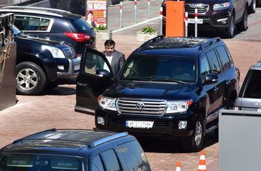 У Саакашвили в Киеве угнали джип за 6 млн - СМИ