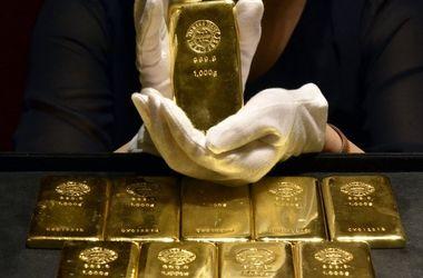 Brexit взвинтил цены на золото