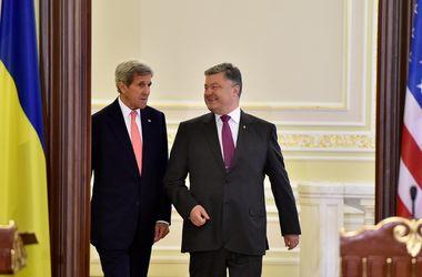 Керри раскрыл подробности переговоров с Порошенко