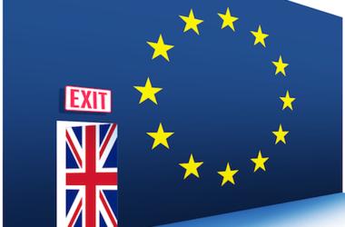 Из-за Brexit 8 британских банков теряют рейтинги