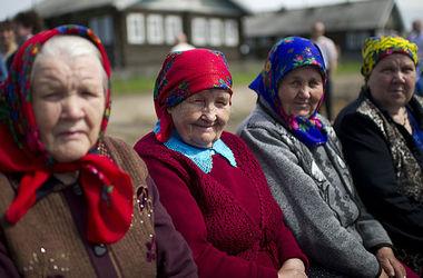 В Беларуси пожилых людей и инвалидов будут помещать в замещающие семьи